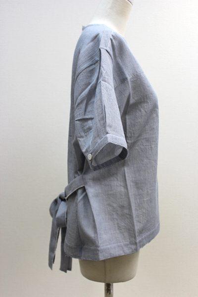 SARA LANZI 【40%OFF】ウエストリボンバックボタン半袖トップス