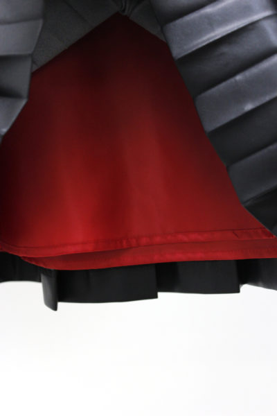 CLEANA レザーエフェクトプリーツロングスカート [17AW]