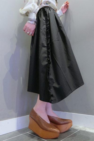 QUEENE and BELLE フランネルサイドフリルスカート