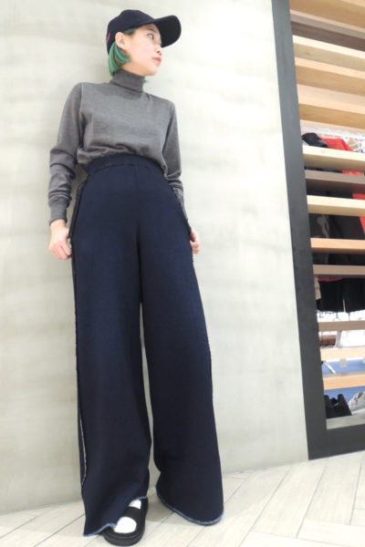GOLDEN GOOSE DELUXE BRAND 袖刺繍リンキングラインタートルニット [17AW]