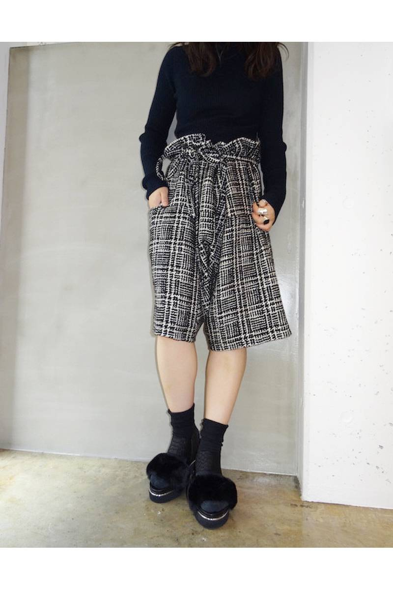 BLESS 【40%OFF】ツィードウエストロープショートパンツ