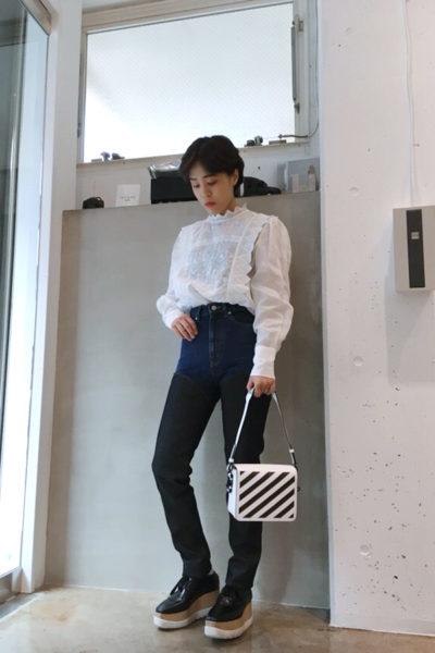 OFF-WHITE バイヤスラインスクエアミニバッグ【18SS】
