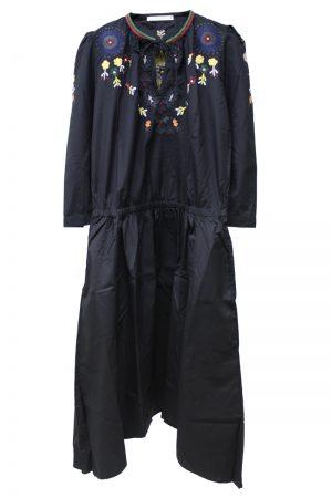 QUEENE and BELLE フラワー刺繍7分袖ロングワンピース