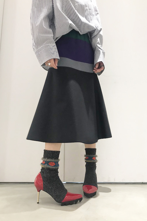 kolor 【40%OFF】パテント×ソックスパンプス