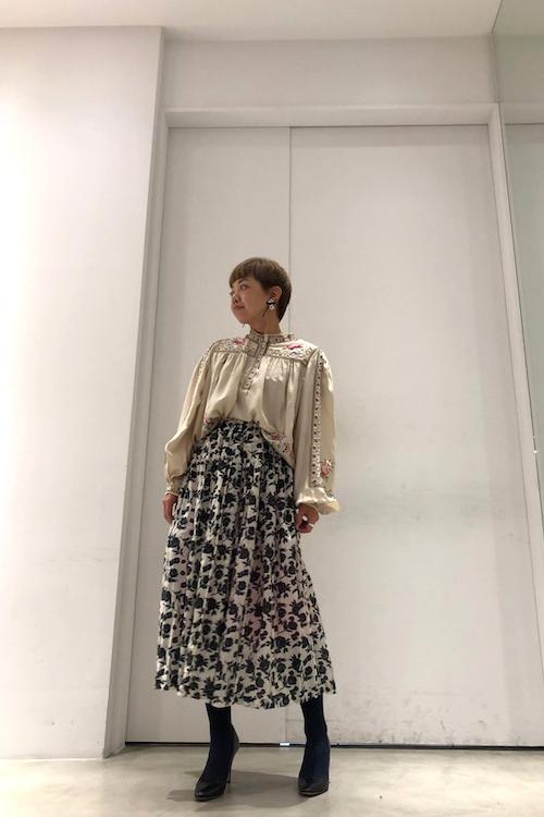 ISABEL MARANT 【40%OFF】シルク刺繍バルーンスリーブブラウス