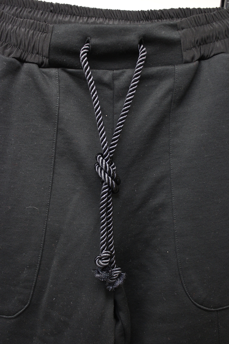 White Mountaineering 【40%OFF 】フロントスリットパンツ【19SS】