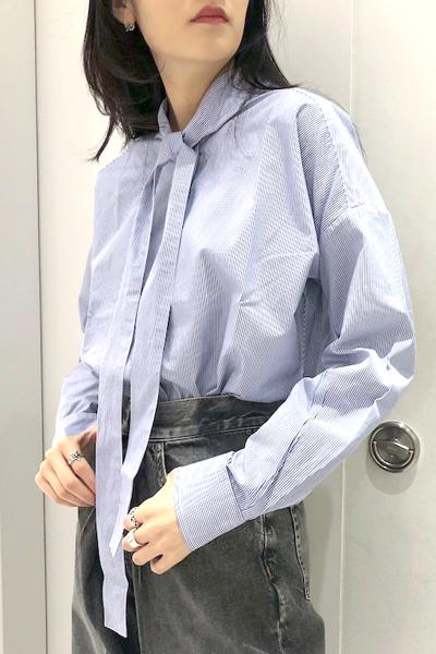 QUEENE and BELLE 【40%OFF】ストライプボウタイシャツ [19SS]