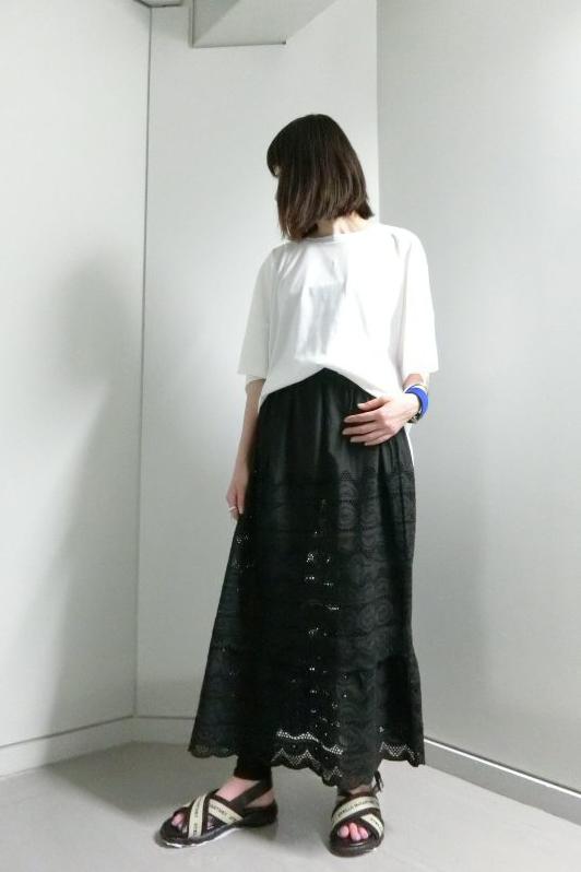 QUEENE and BELLE 【40%OFF】刺繍レースロングスカート
