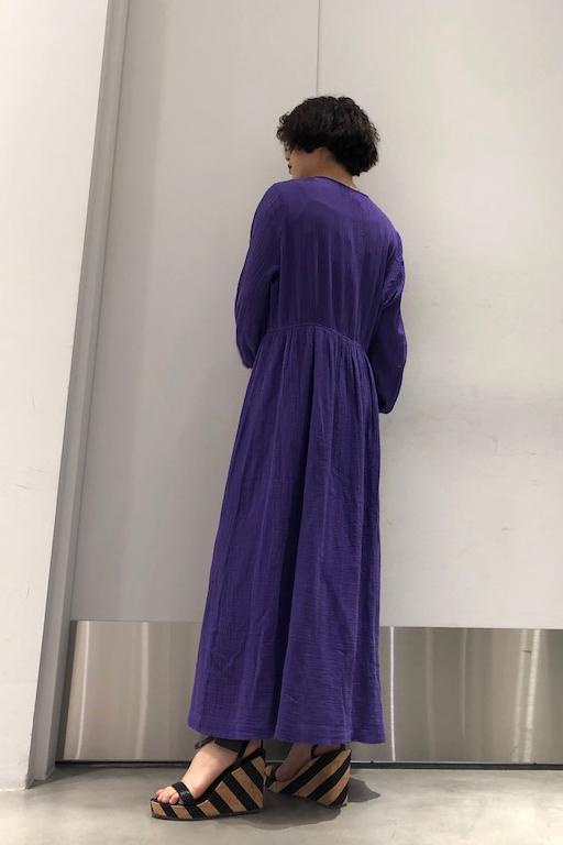 MAISON Olga 【50%OFF】ノーカラーロングワンピース【19SS】