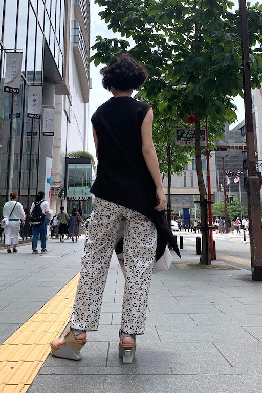 SARA LANZI 【50%OFF】総柄コットンパンツ