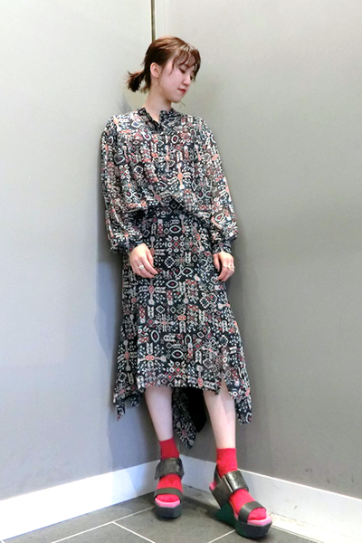 ISABEL MARANT ETOILE 【40%OFF】マルチ柄アシンメトリースカート [19SS]