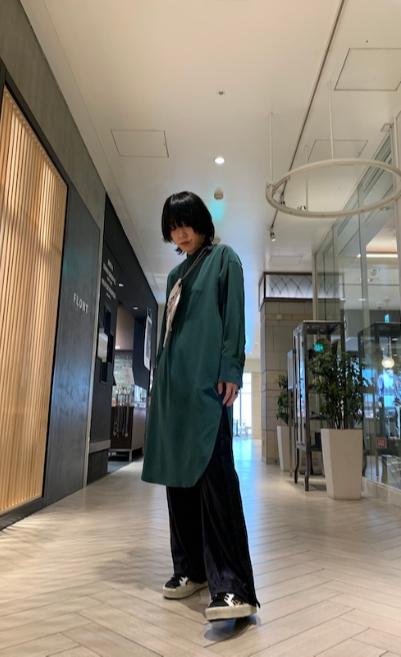 08 SIRCUS 【40%OFF】ノーカラーワンピース【20SS】