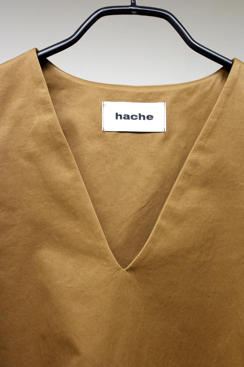 HACHE 【30%OFF】コットンVネックノースリーブトップス [20SS]