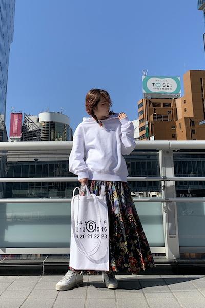 White Mountaineering フラワープリントティアードスカート【20SS】