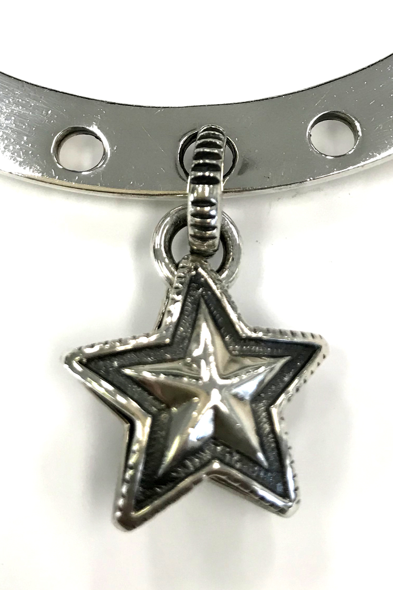 CODY SANDERSON Lucky Charm Bracelet-Star Charm in Center