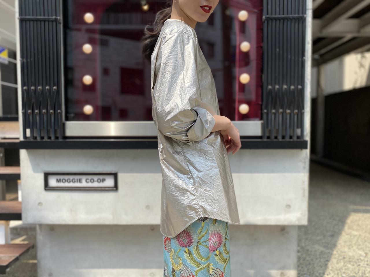 SARA LANZI 【40%OFF】メタリックオーバーサイズシャツ