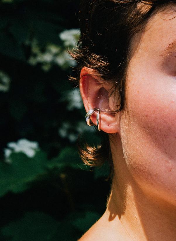 SASAI jewelry Echo Ear Cuff
