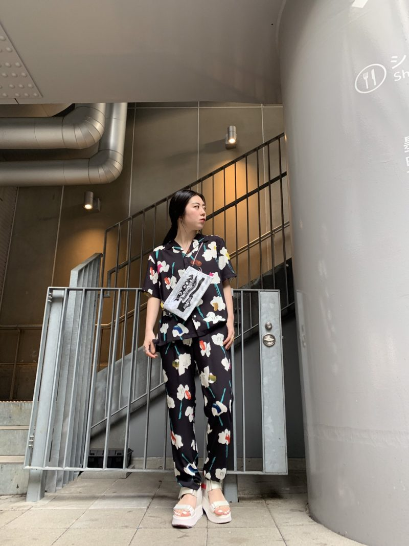 WANDERUNG 【40%OFF】花柄タックパンツ【20SS】