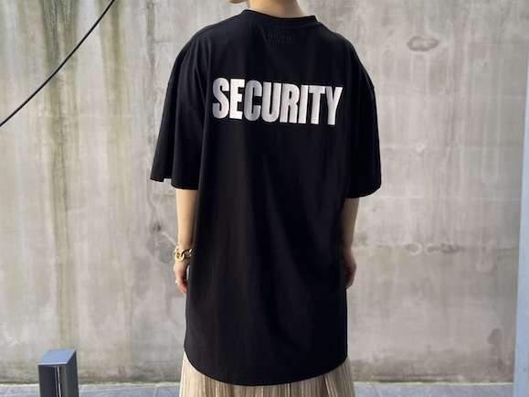 VETEMENTS 【30%OFF】SECURITY Tシャツ
