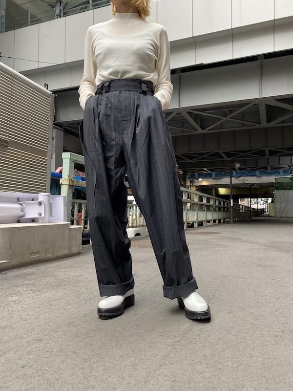 LESS 【40%OFF】ピンストライプタックパンツ