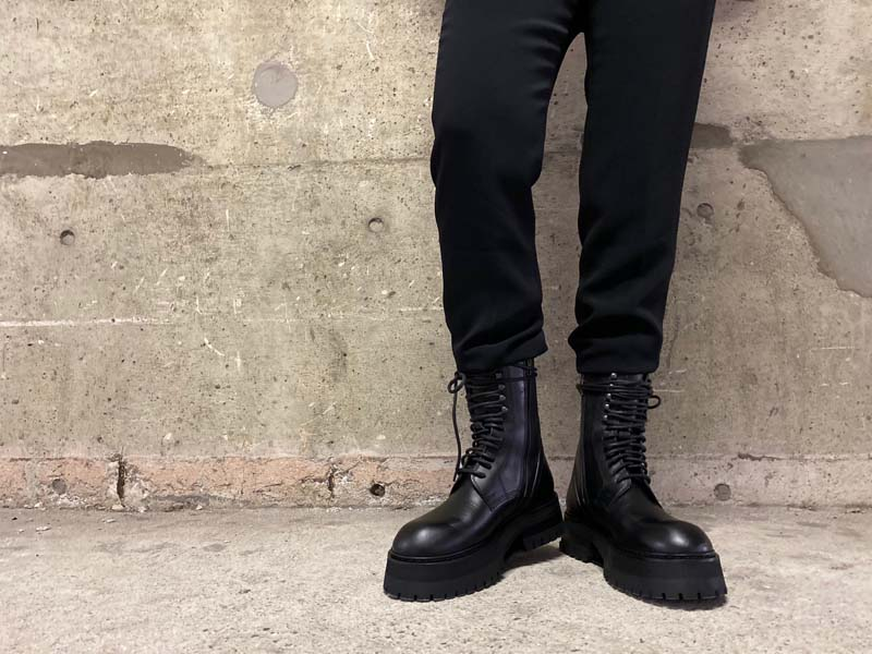 ANN DEMEULEMEESTER レースアップブーツ【20AW】