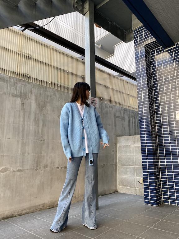 VETEMENTS .【40%OFF】裾フレアデニムパンツ