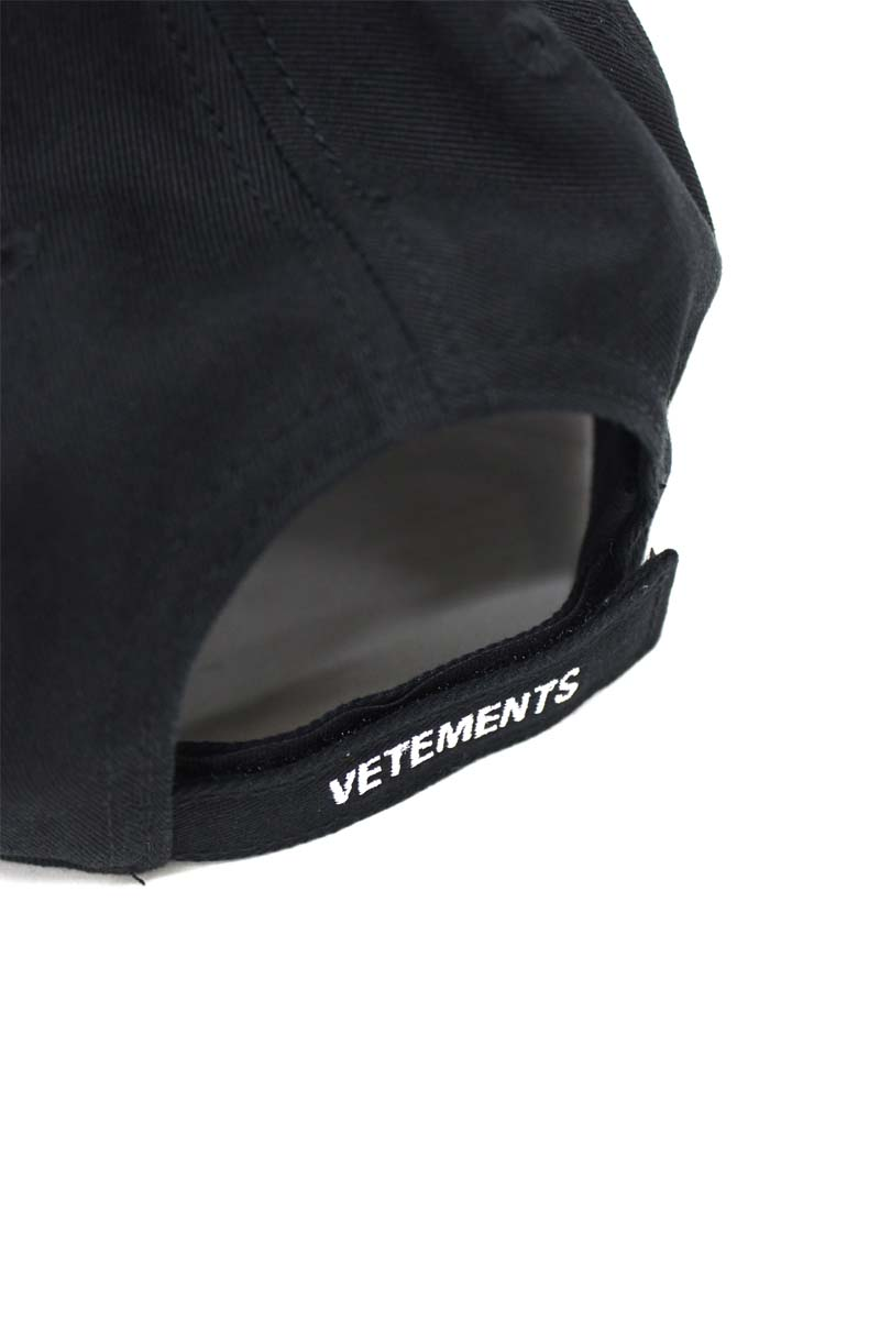 VETEMENTS INSECURITY キャップ【21SS】