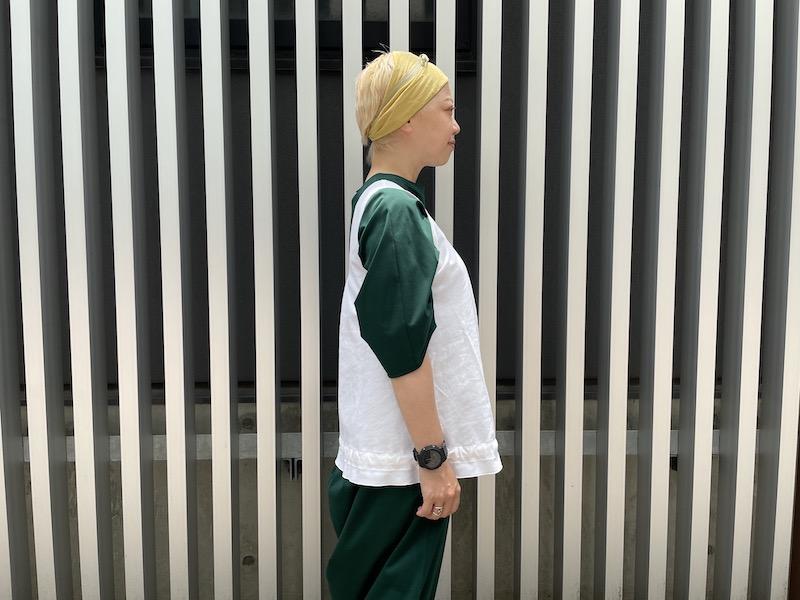 SARA LANZI 裾絞りノースリーブトップス