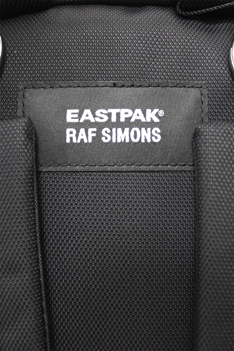 RAF SIMONS .【40%OFF 】ホワイトスターポケットバックパック