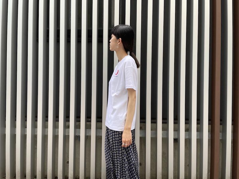 OFF-WHITE APPLE Tシャツ