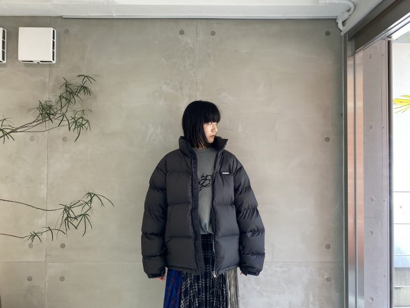 VETEMENTS LOGO PUFFERジャケット【21AW】