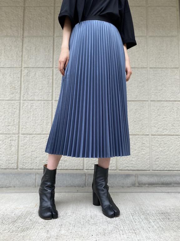 08 SIRCUS サテンプリーツスカート【21AW】