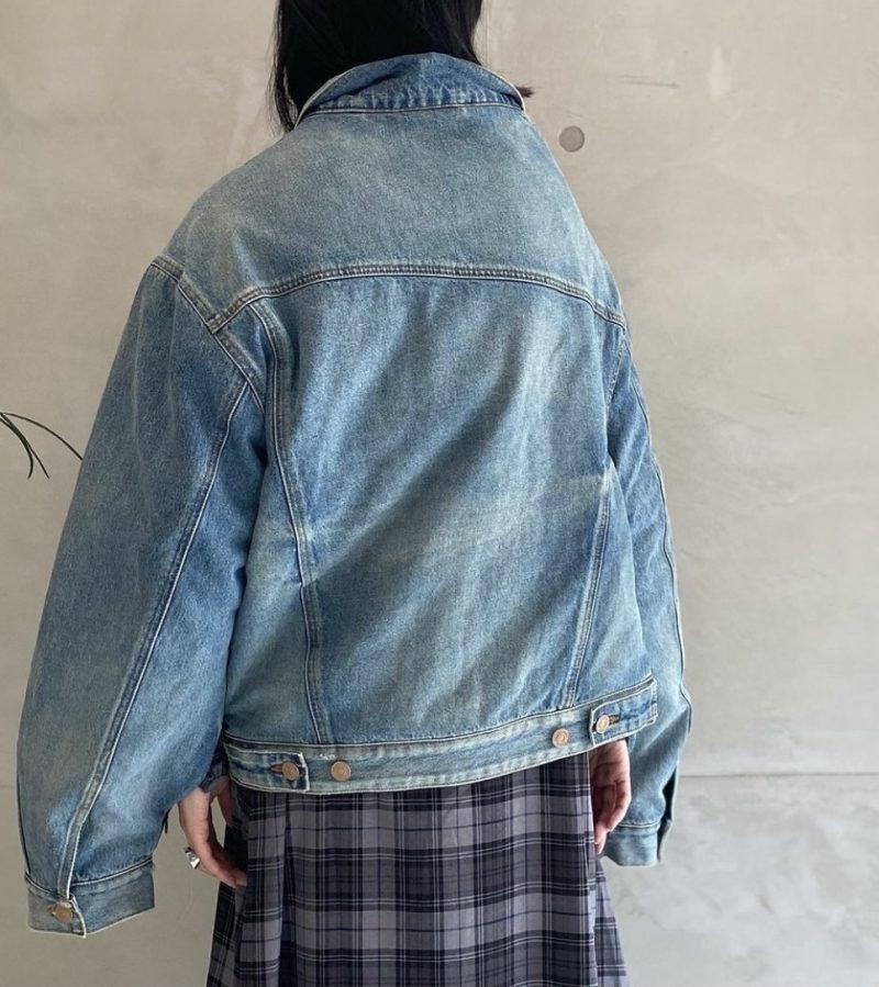 BALENCIAGA オフショルダーデニムジャケット【21AW】