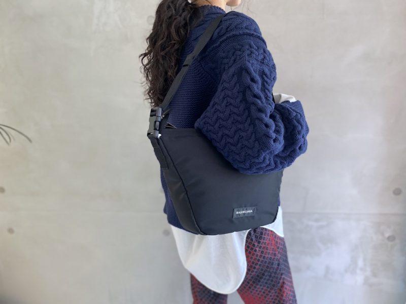 BALENCIAGA オーバーサイズSLINGバッグ