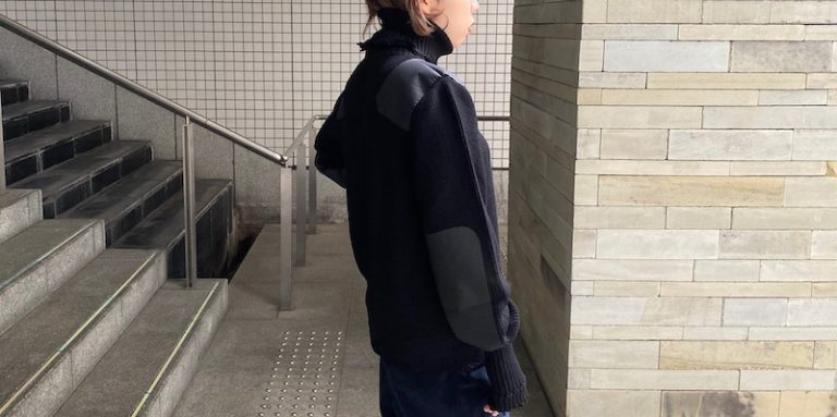VETEMENTS LOGO タートルネックニット【21AW】